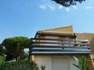 Balcon Villa par Brico Bois