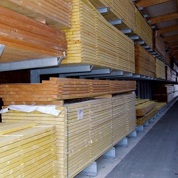 Intérieur magasin brico bois agde